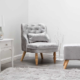 Các mẫu ghế bọc nhung vẫn là vật dụng nội thất được săn đón nhất trong mùa thu - đông 2018.